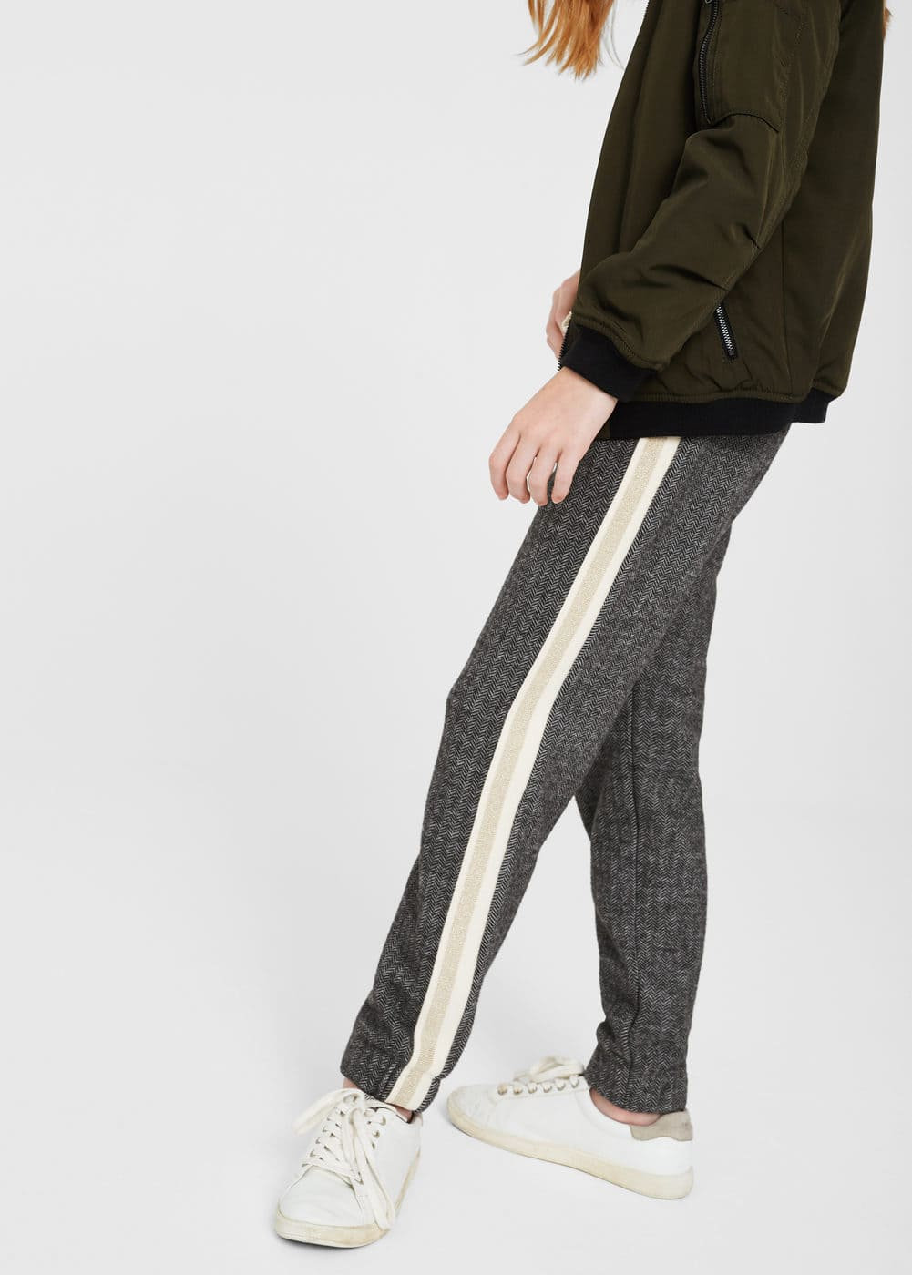 Herringbone pattern jogging trousers | MANGO