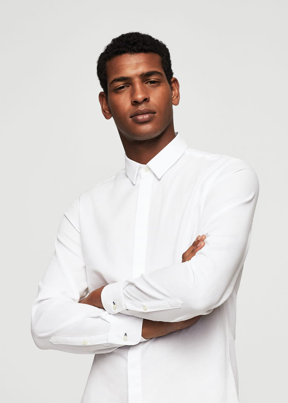 Modern slim-fit structure shirt | MANGO