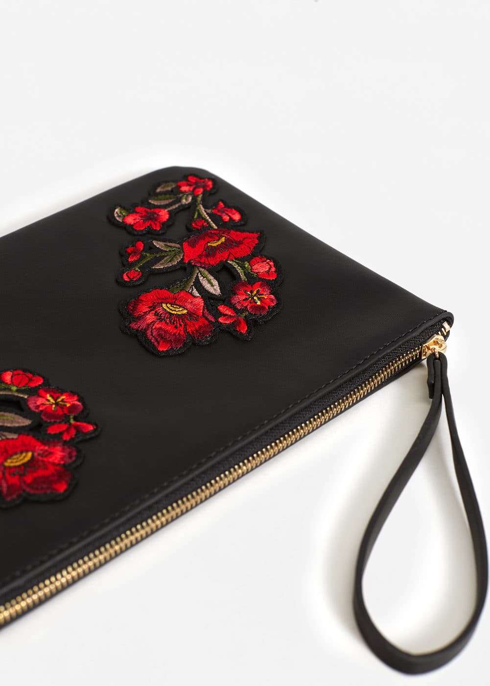 Floral embroidery clutch | MANGO