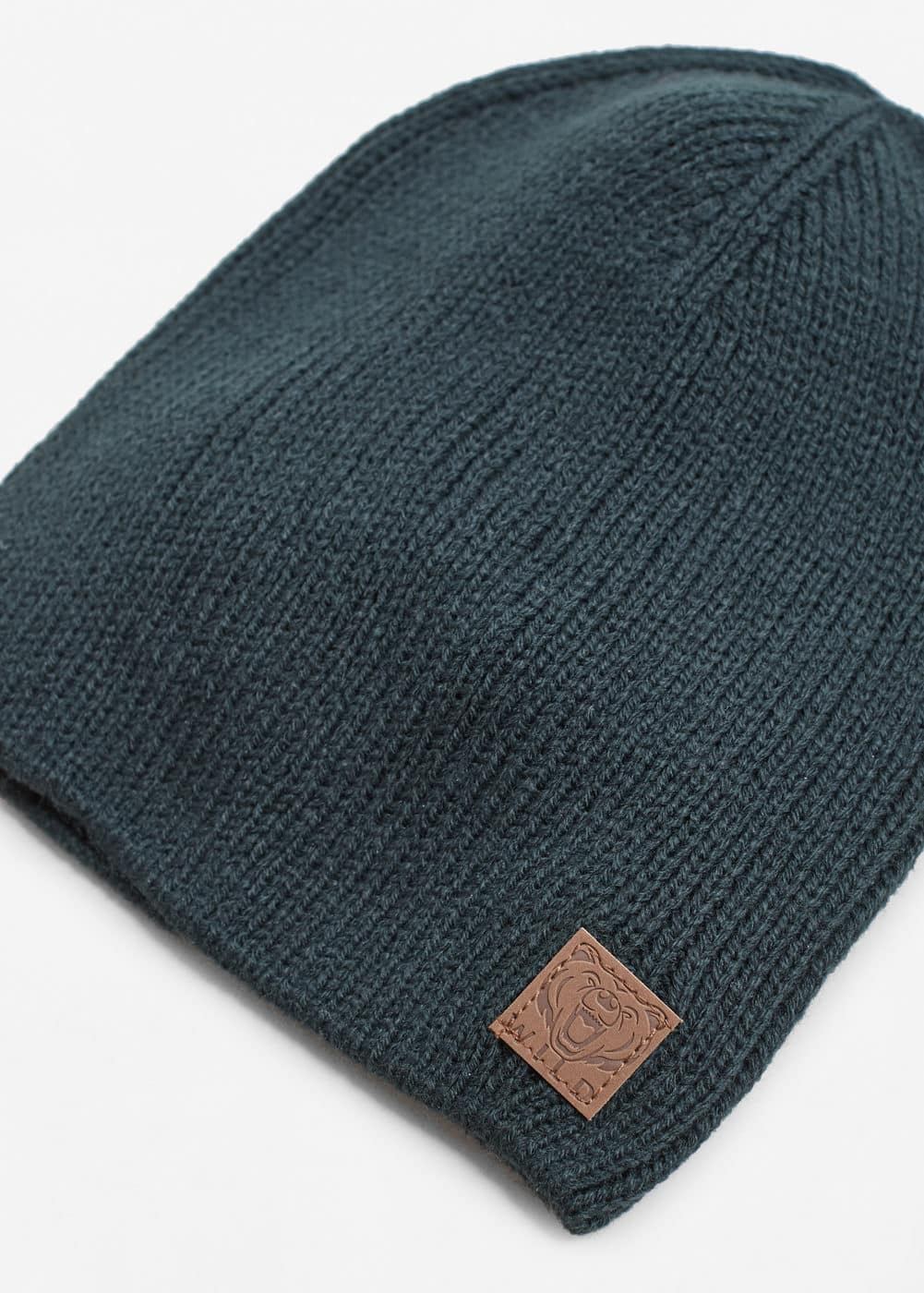 Patch knitted beanie | MANGO