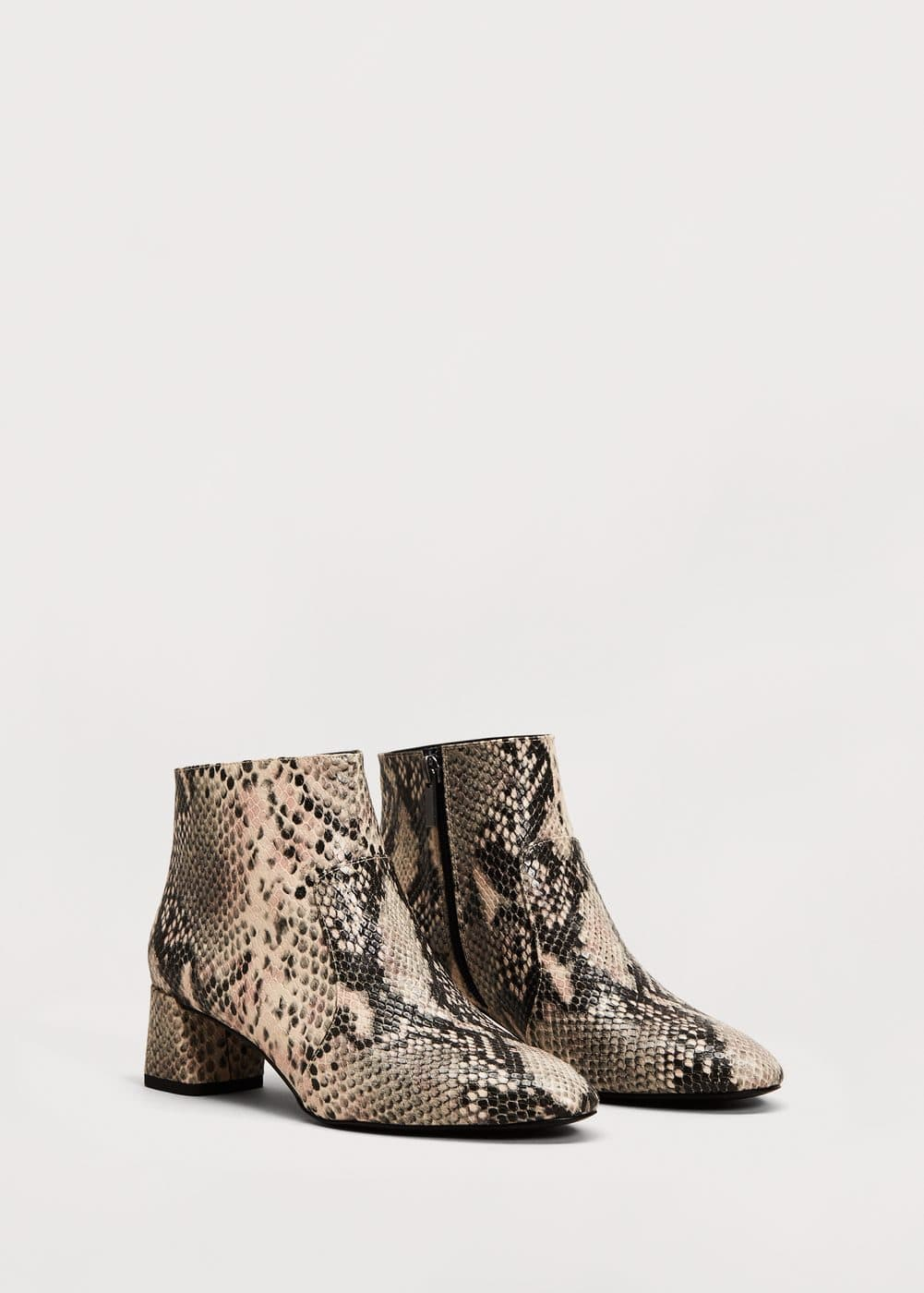 Snake-effect ankle boots | MANGO