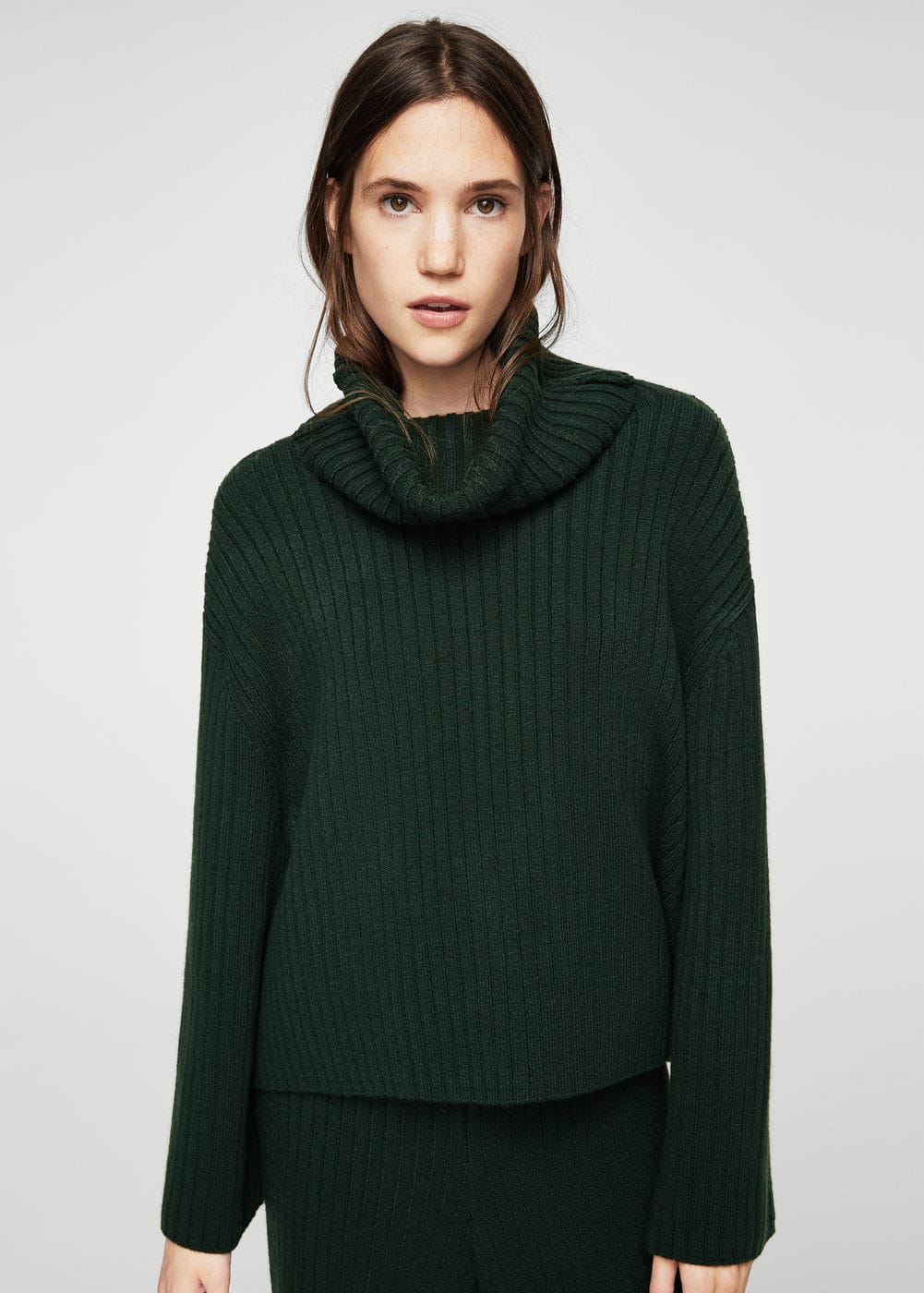 Turtleneck ribbed sweater | MANGO
