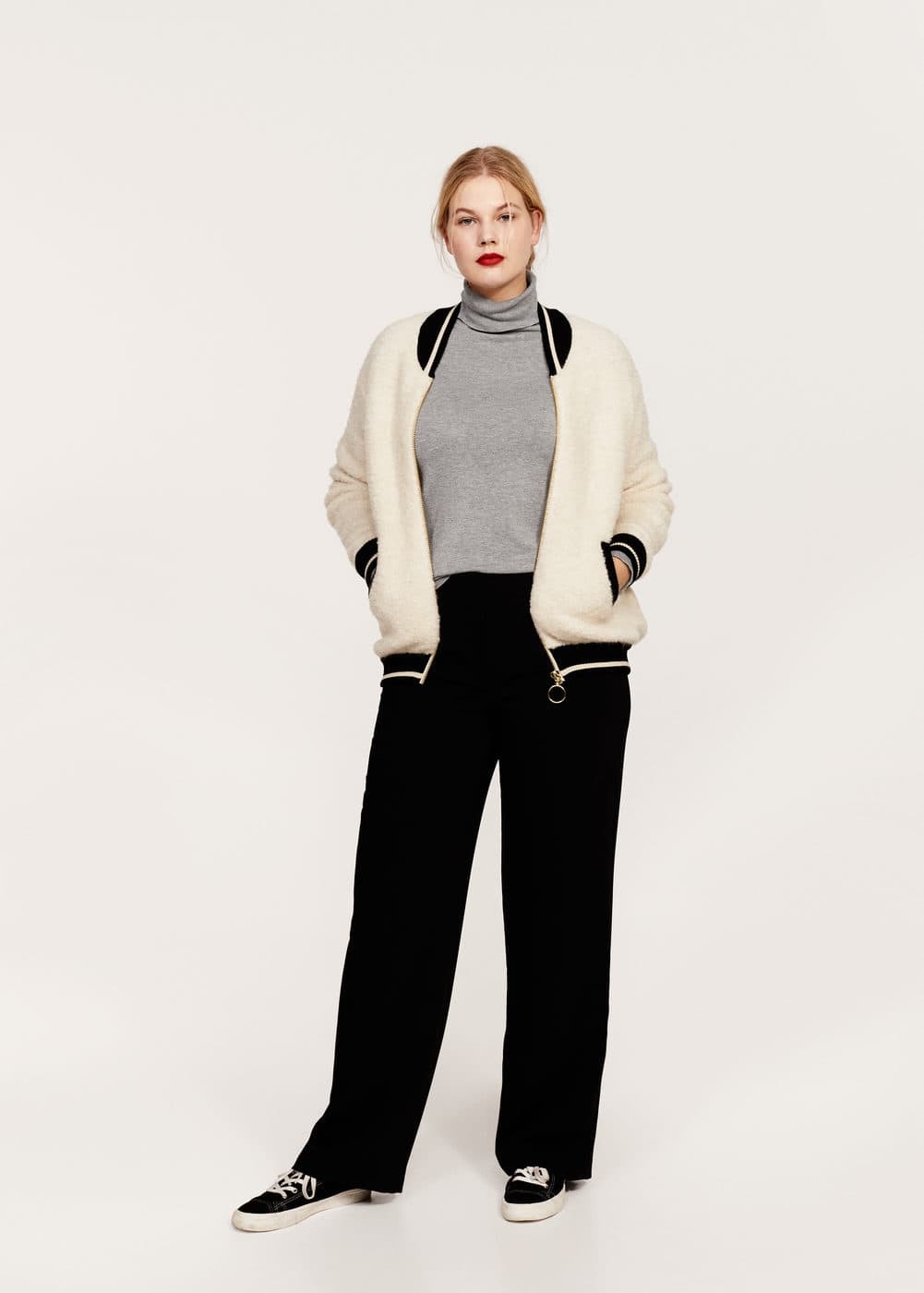 Contrasted finishings faux-shearling bomber | VIOLETA BY MANGO