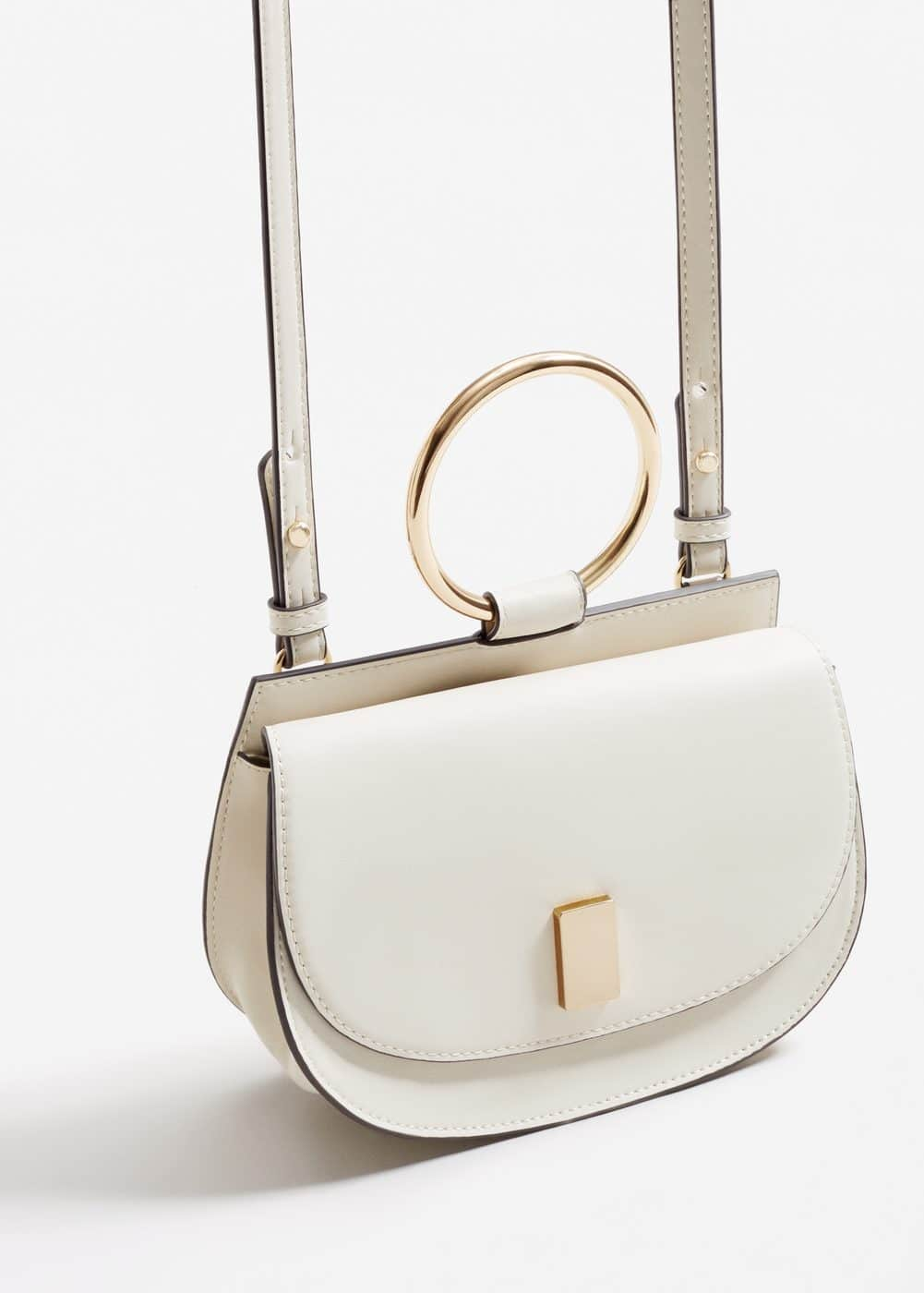 Metallic handle shoulder bag | MANGO