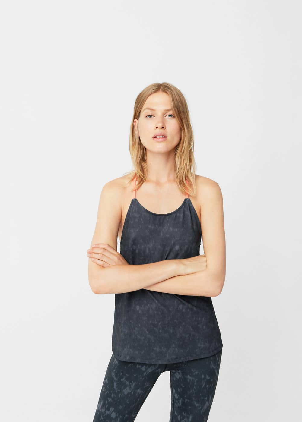 Technical racerback t-shirt | MANGO
