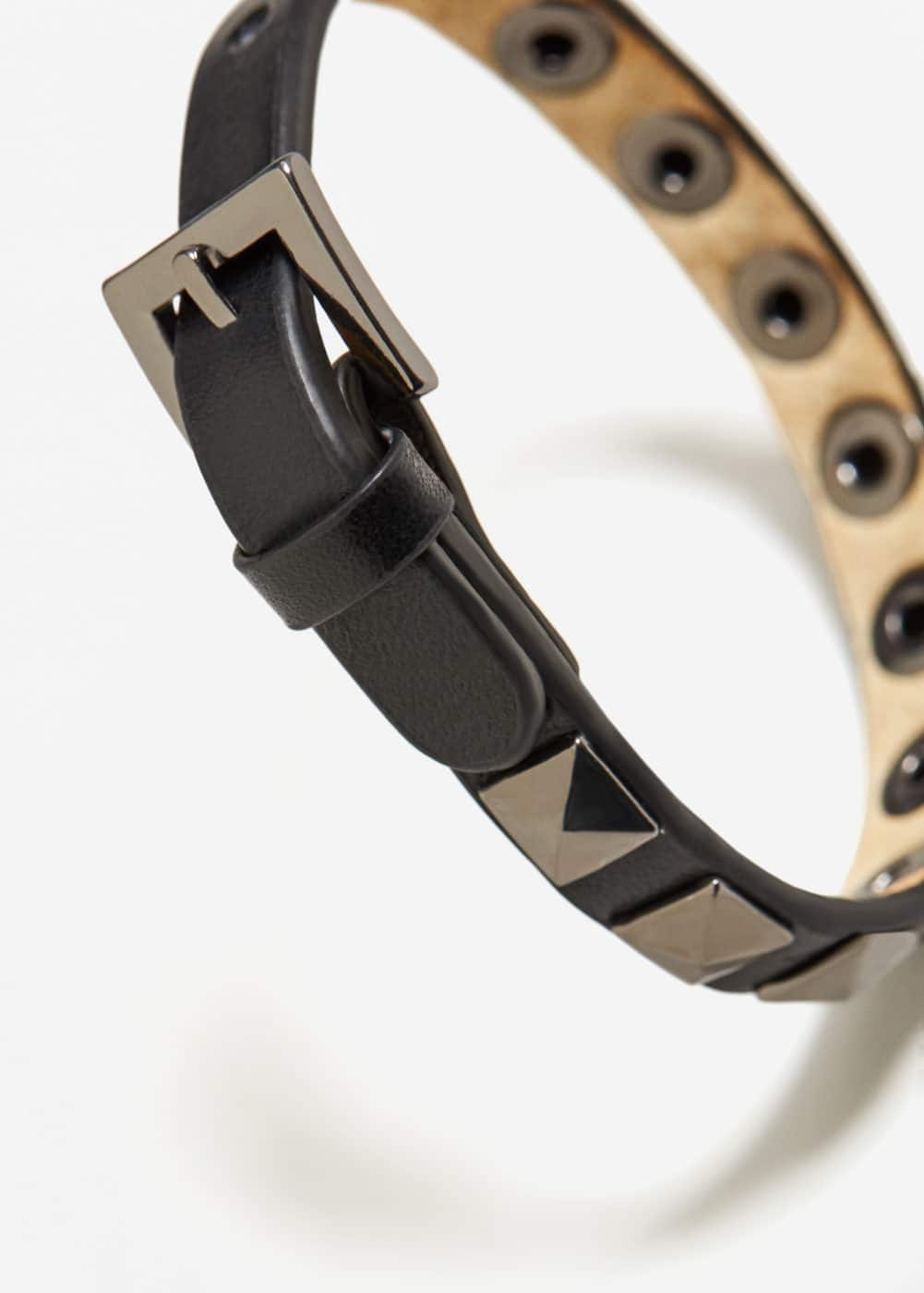 Metal studded leather bracelet | MANGO