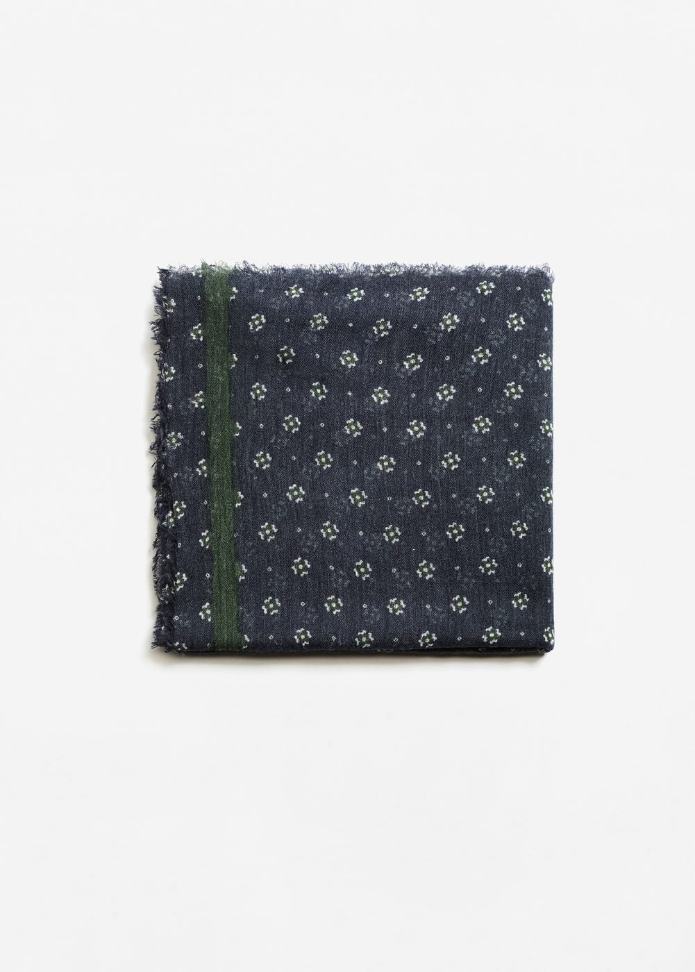 Frayed edge scarf | MANGO MAN