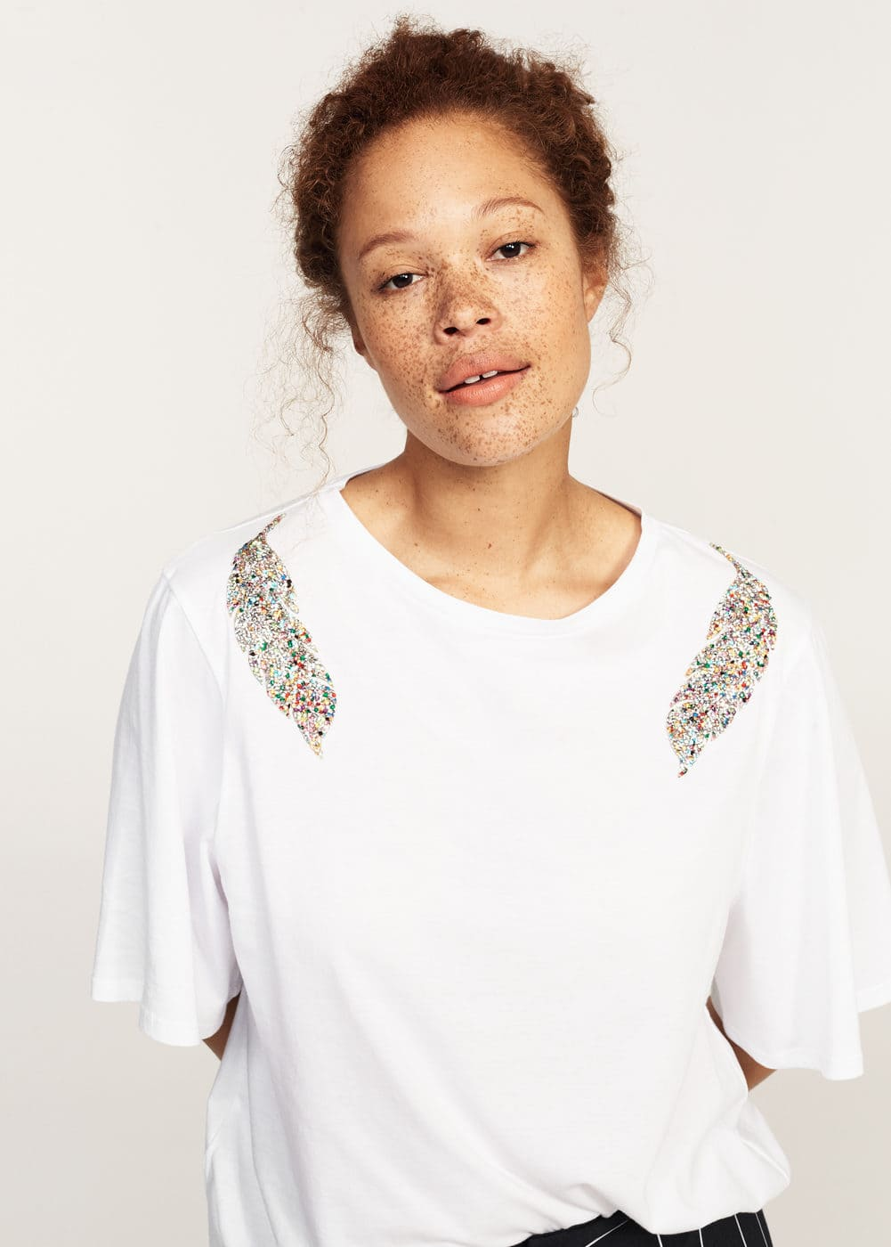 Decorative appliqué t-shirt | MANGO