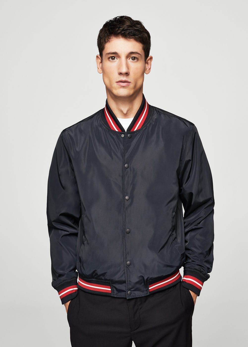 Contrast edges bomber jacket | MANGO MAN