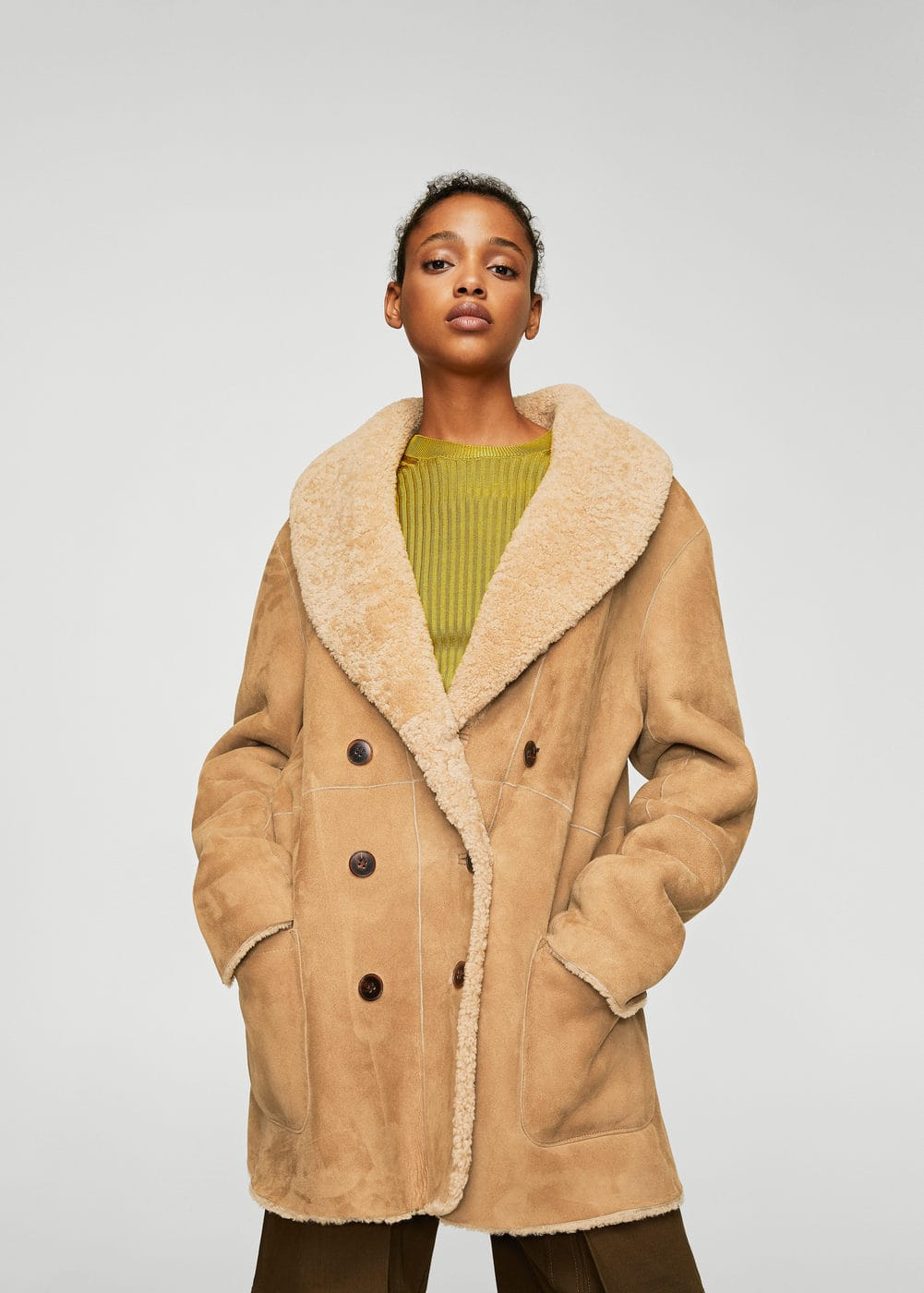 Shearling-lined coat | MANGO