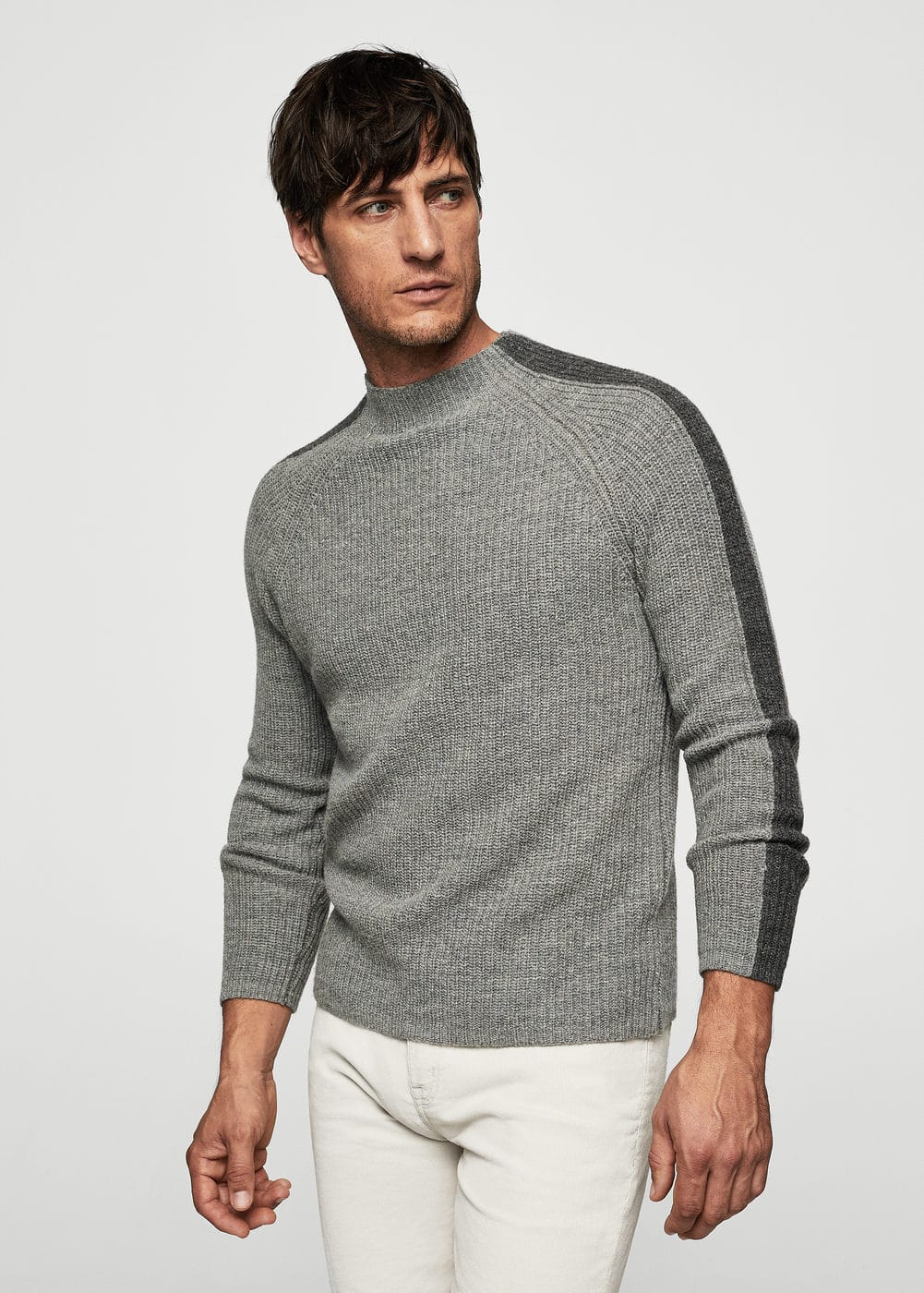 High collar wool sweater | MANGO