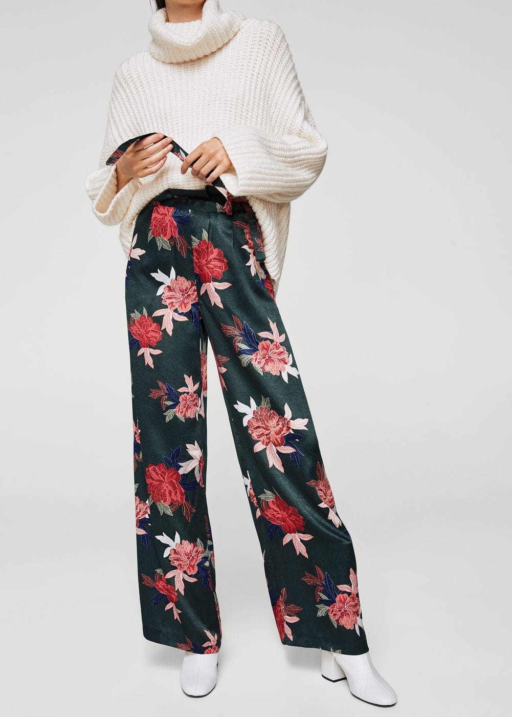 Floral print trousers | MANGO