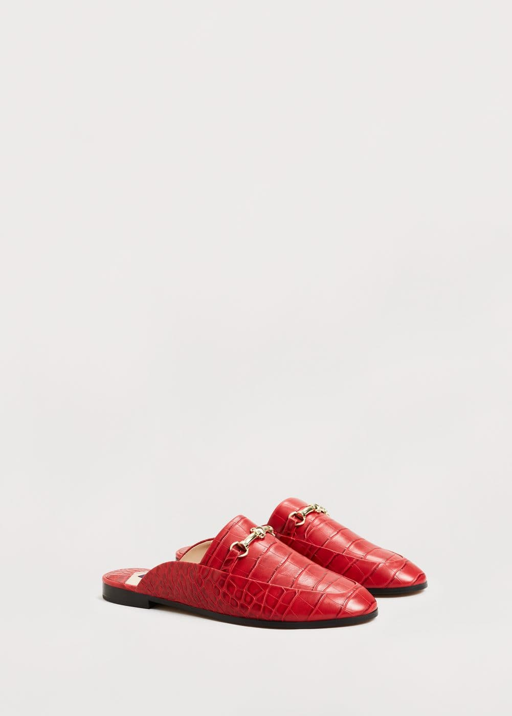 Slip on loafers | MANGO