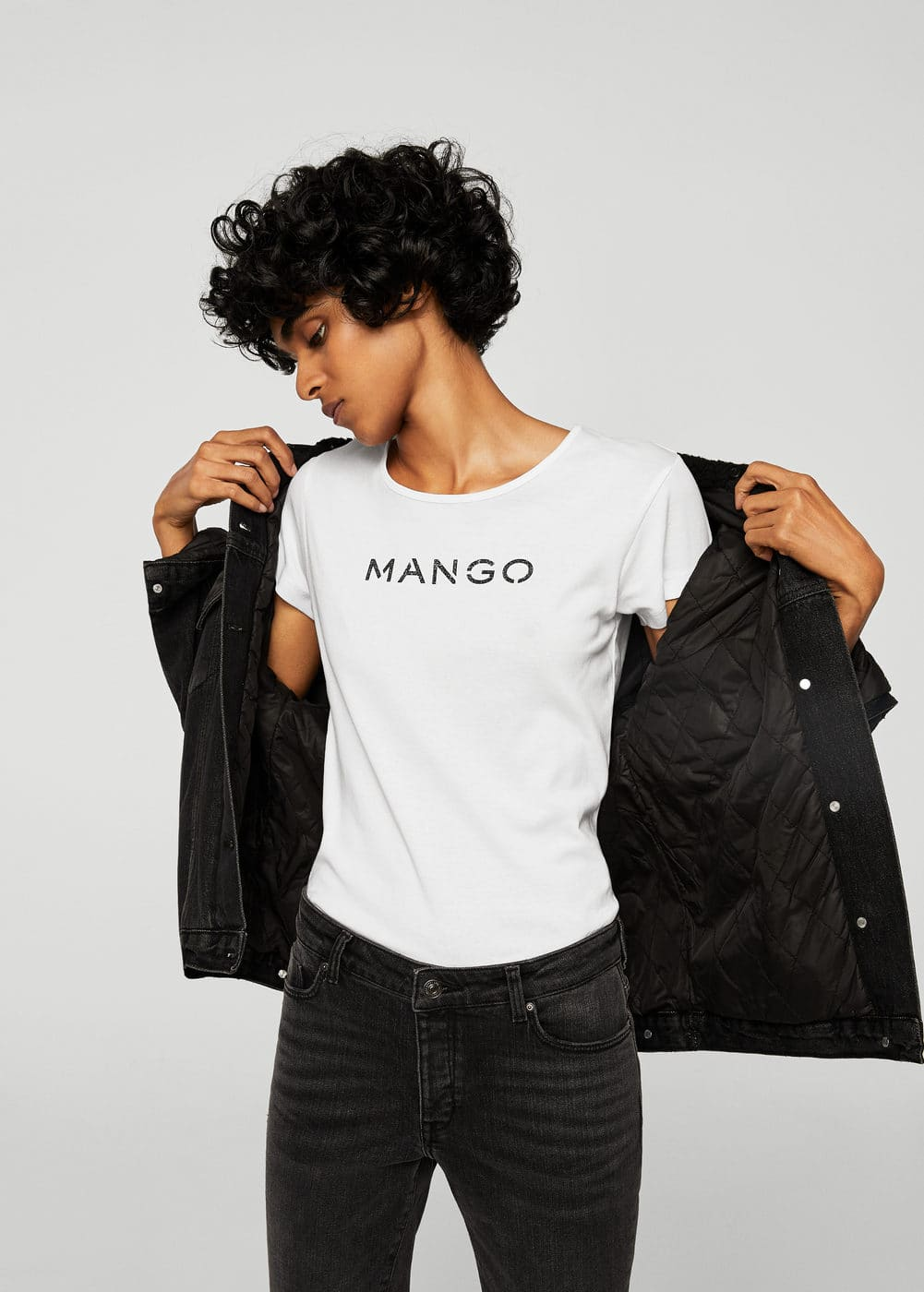 Metallic logo t-shirt | MANGO