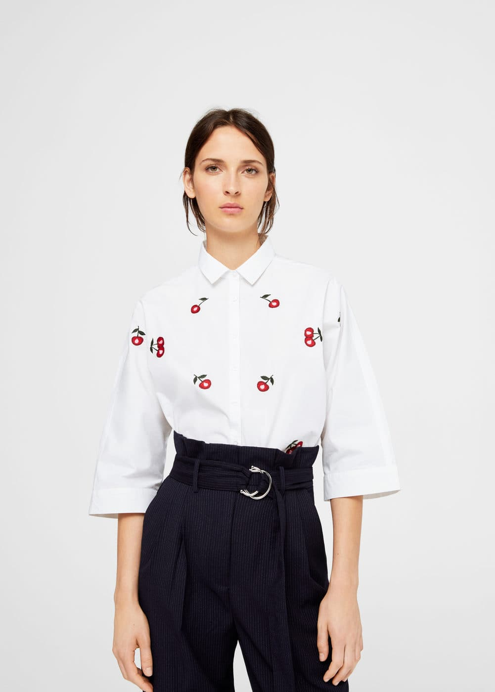 Oversized embroidered shirt | MANGO