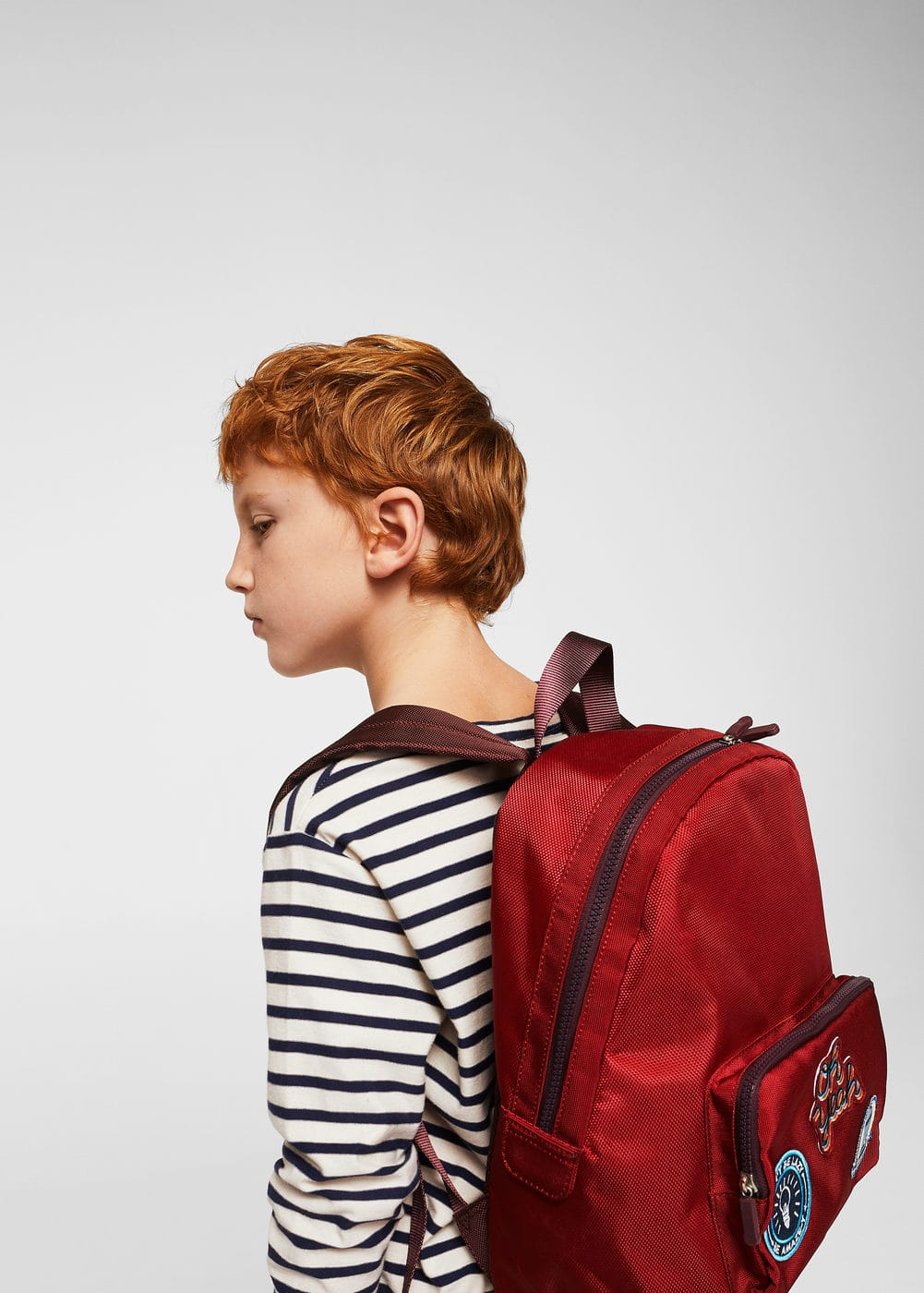 Decorative patches backpack | MANGO