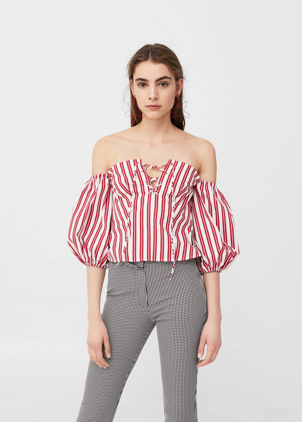Striped off-shoulder top | MANGO