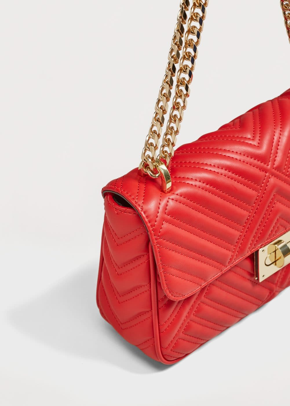 Quilted chain bag | MANGO