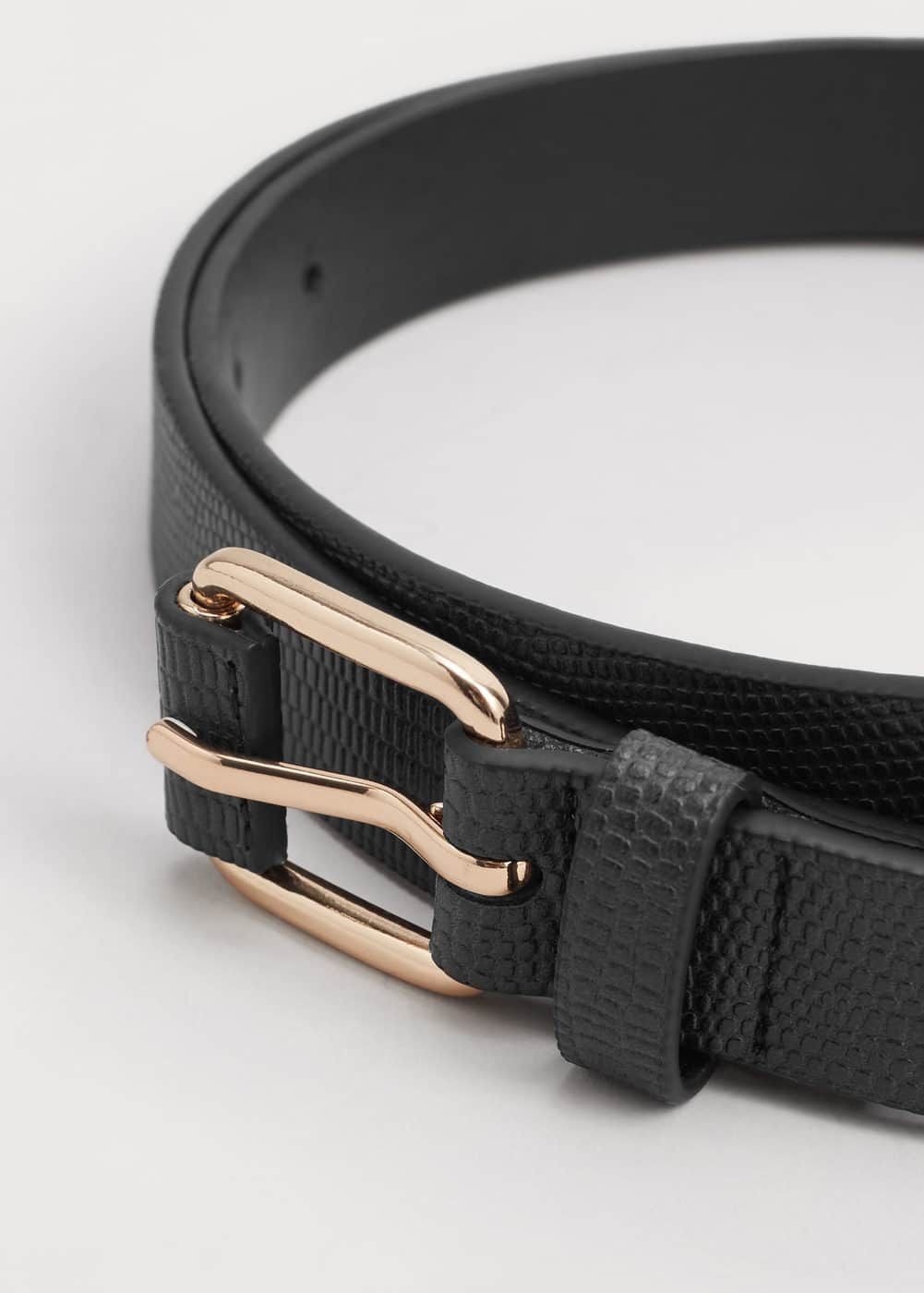 Crocodile effect belt | MANGO