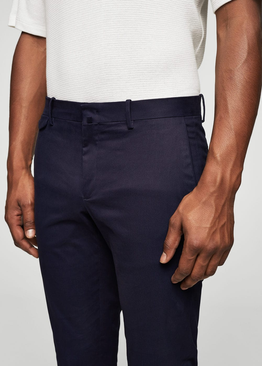 Cotton chinos | MANGO