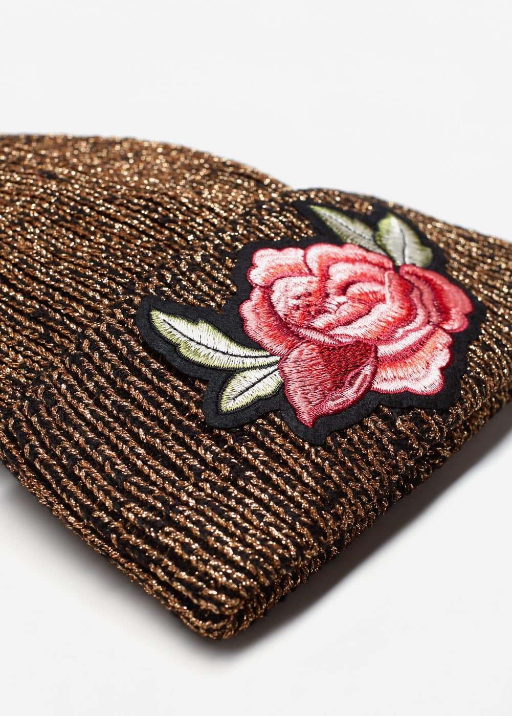 Floral embroidery beanie | MANGO