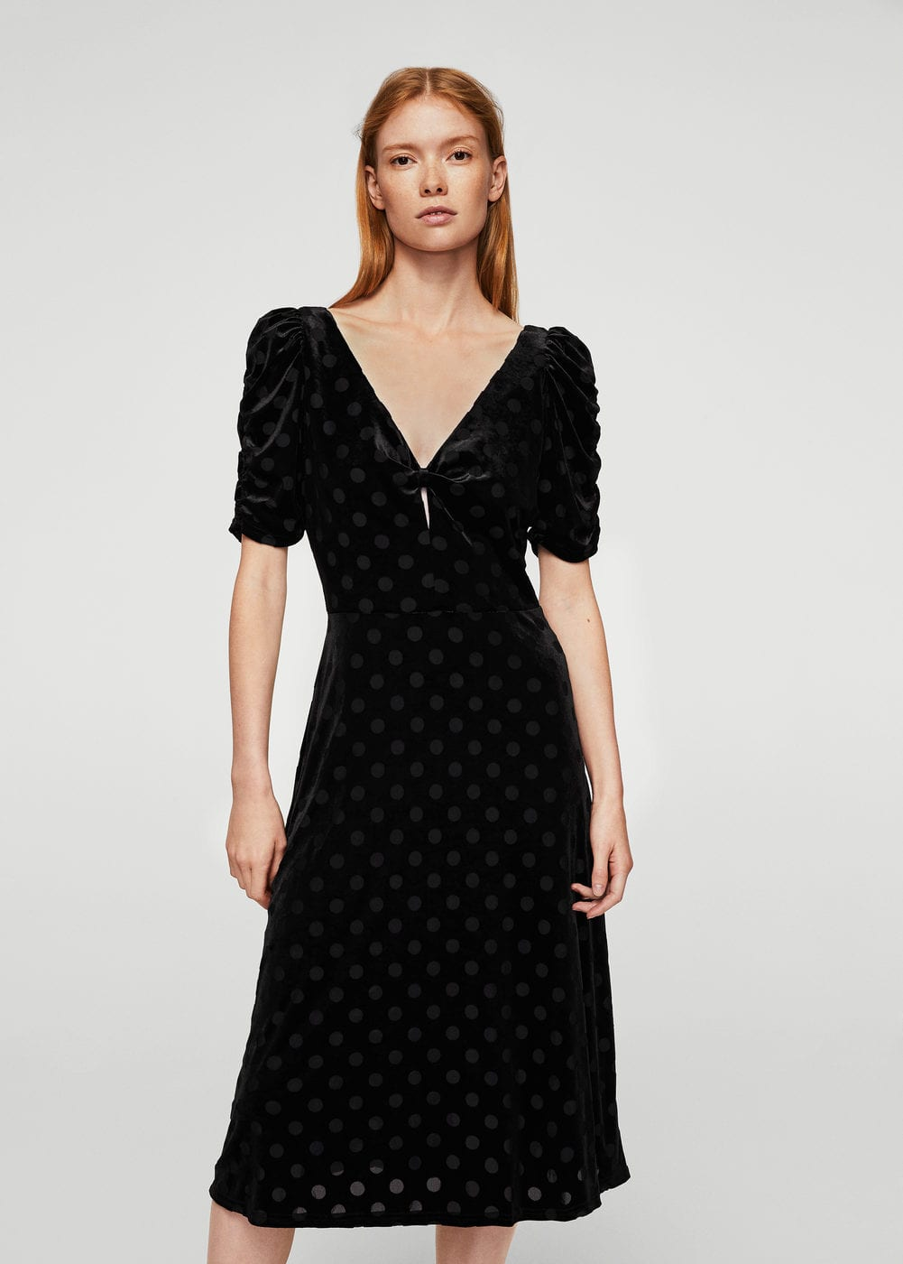 Polka dots velvet dress | MANGO