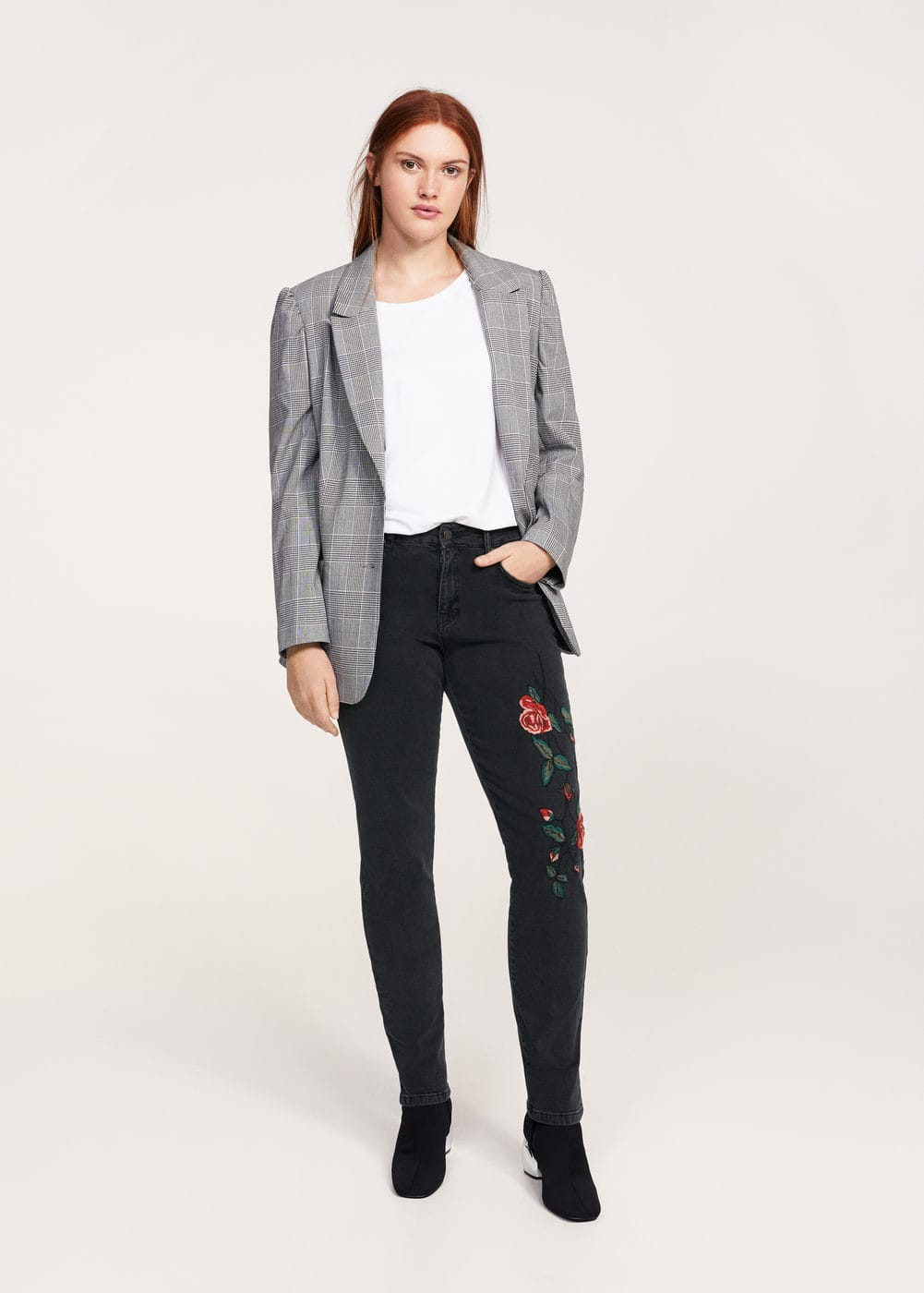 Floral embroidery slim jeans | VIOLETA BY MANGO