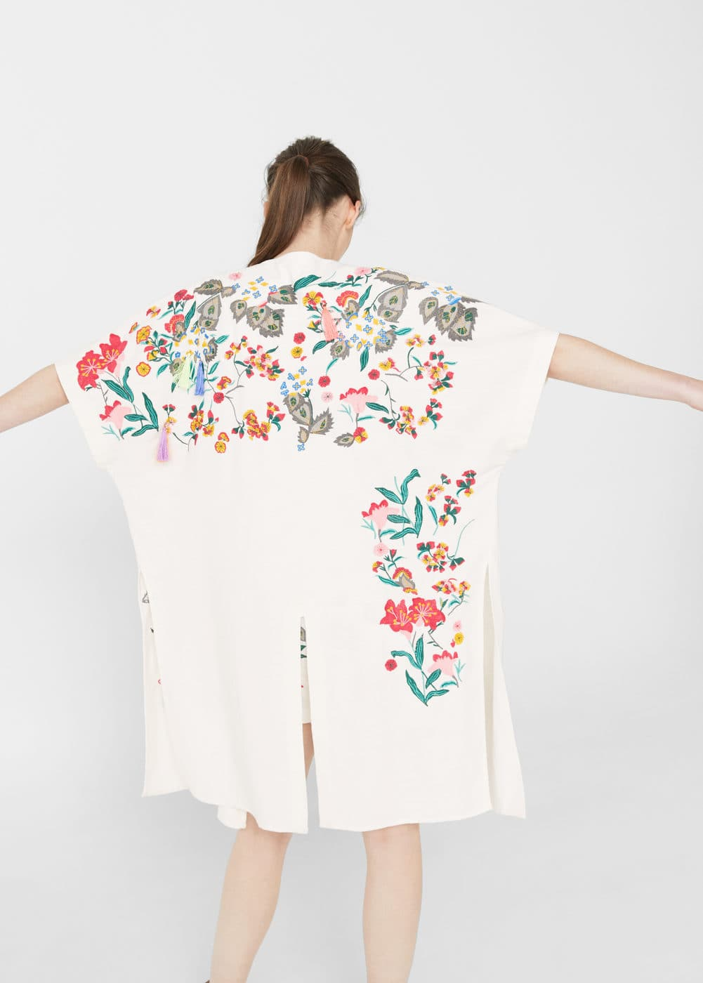 Floral embroidered kaftan | MANGO