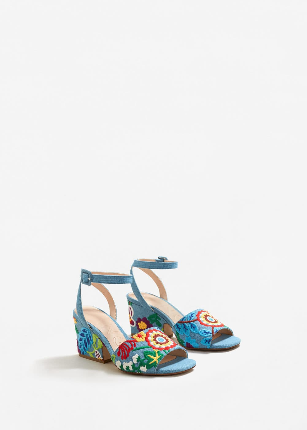 Embroidered denim sandal | MANGO