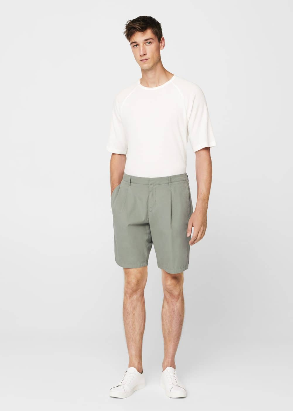 Cotton pleated bermuda shorts | MANGO MAN