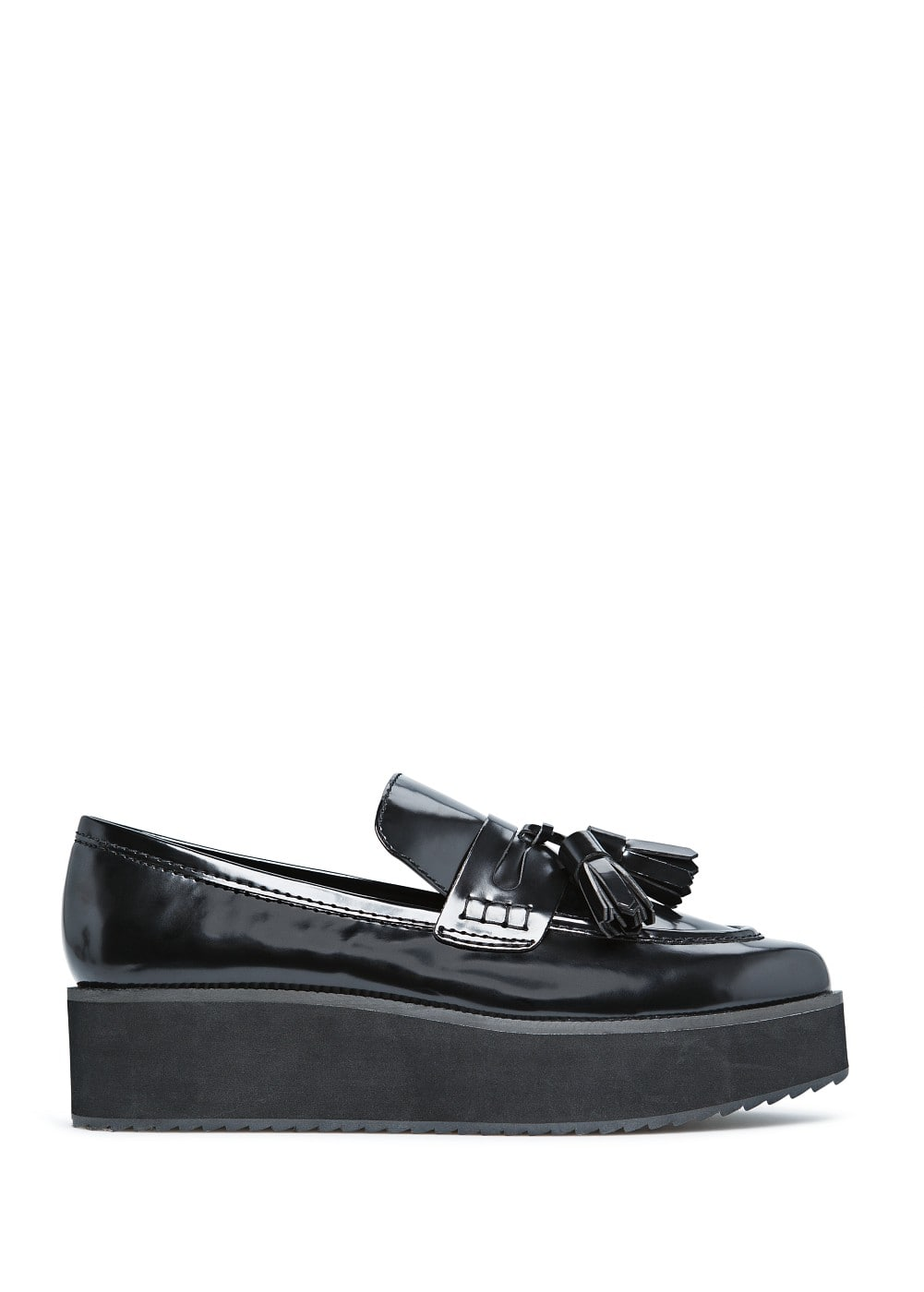 Glossed finish platform moccasins | MANGO