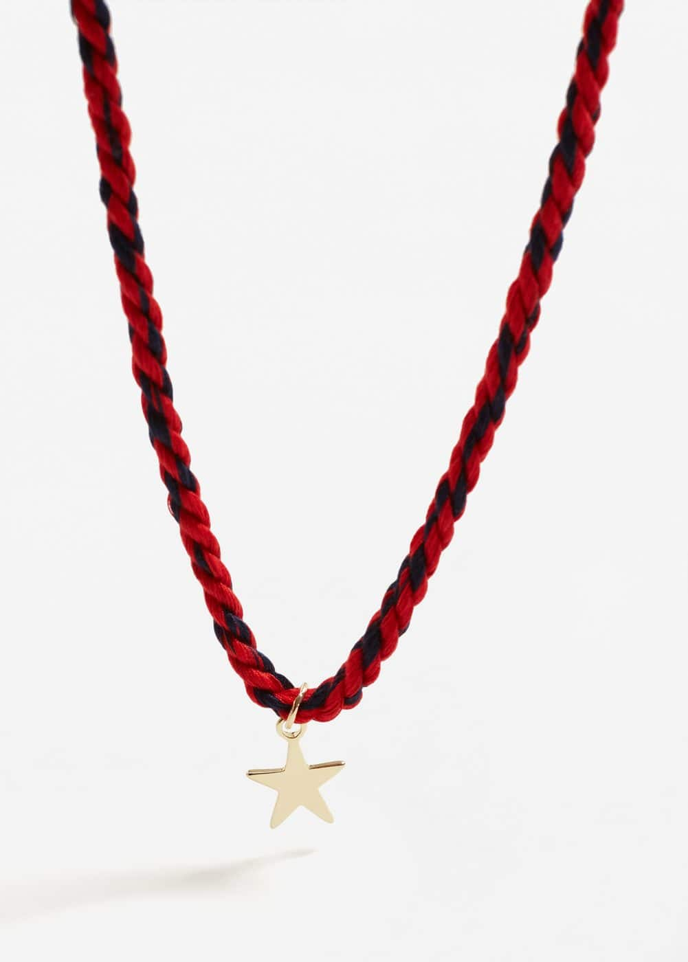 Star pendant necklace | MANGO