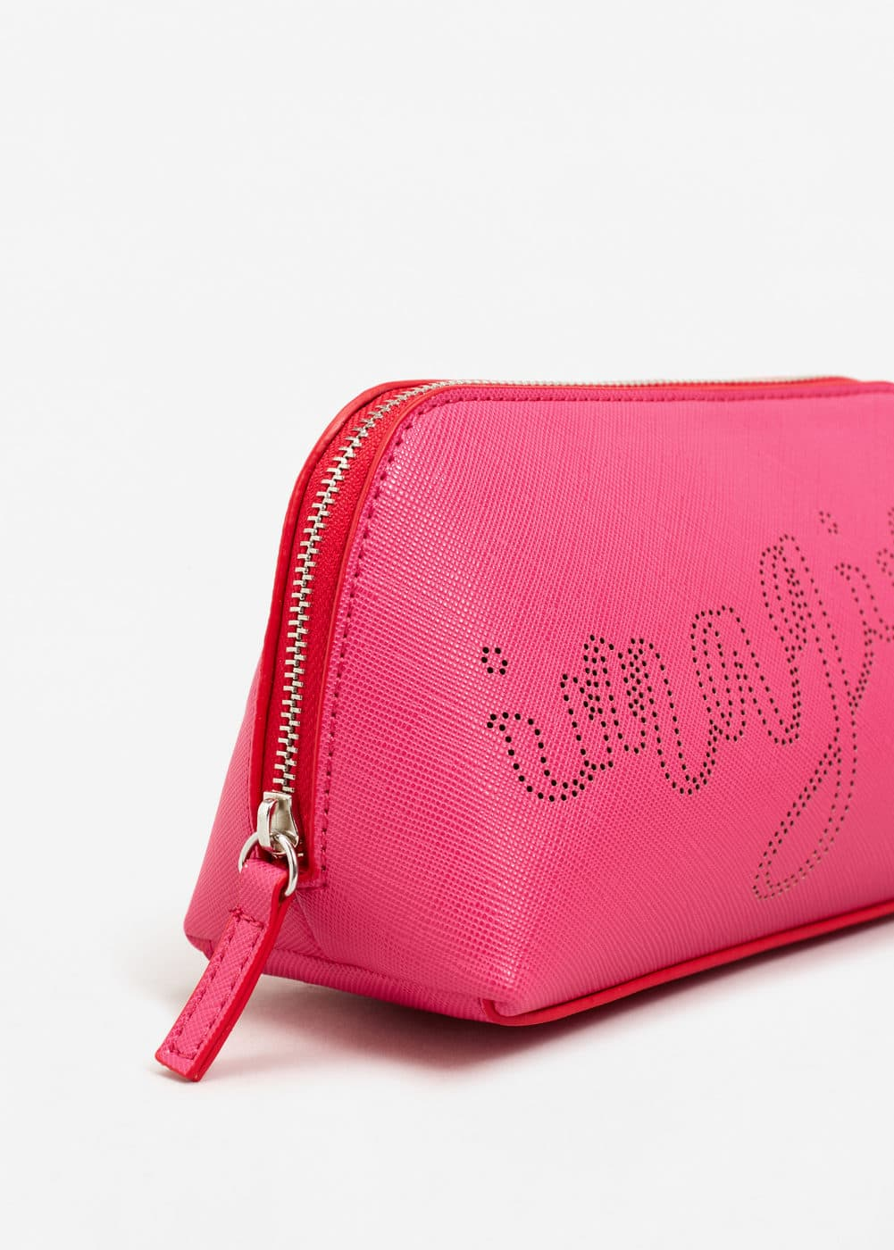 Laser-cut pebbled cosmetic bag | MANGO