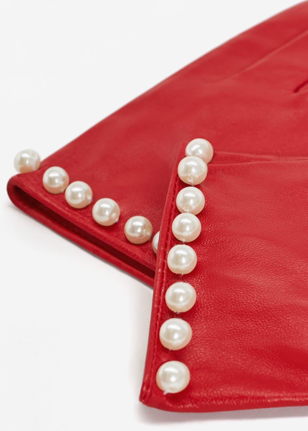 Pearl leather gloves | MANGO