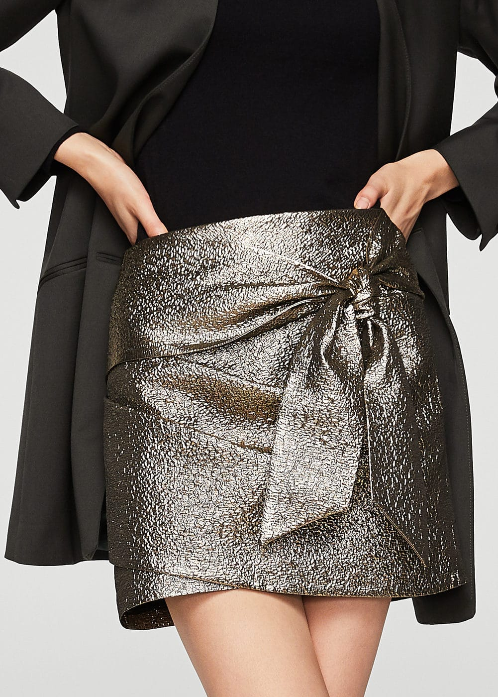 Knot metallic skirt | MANGO