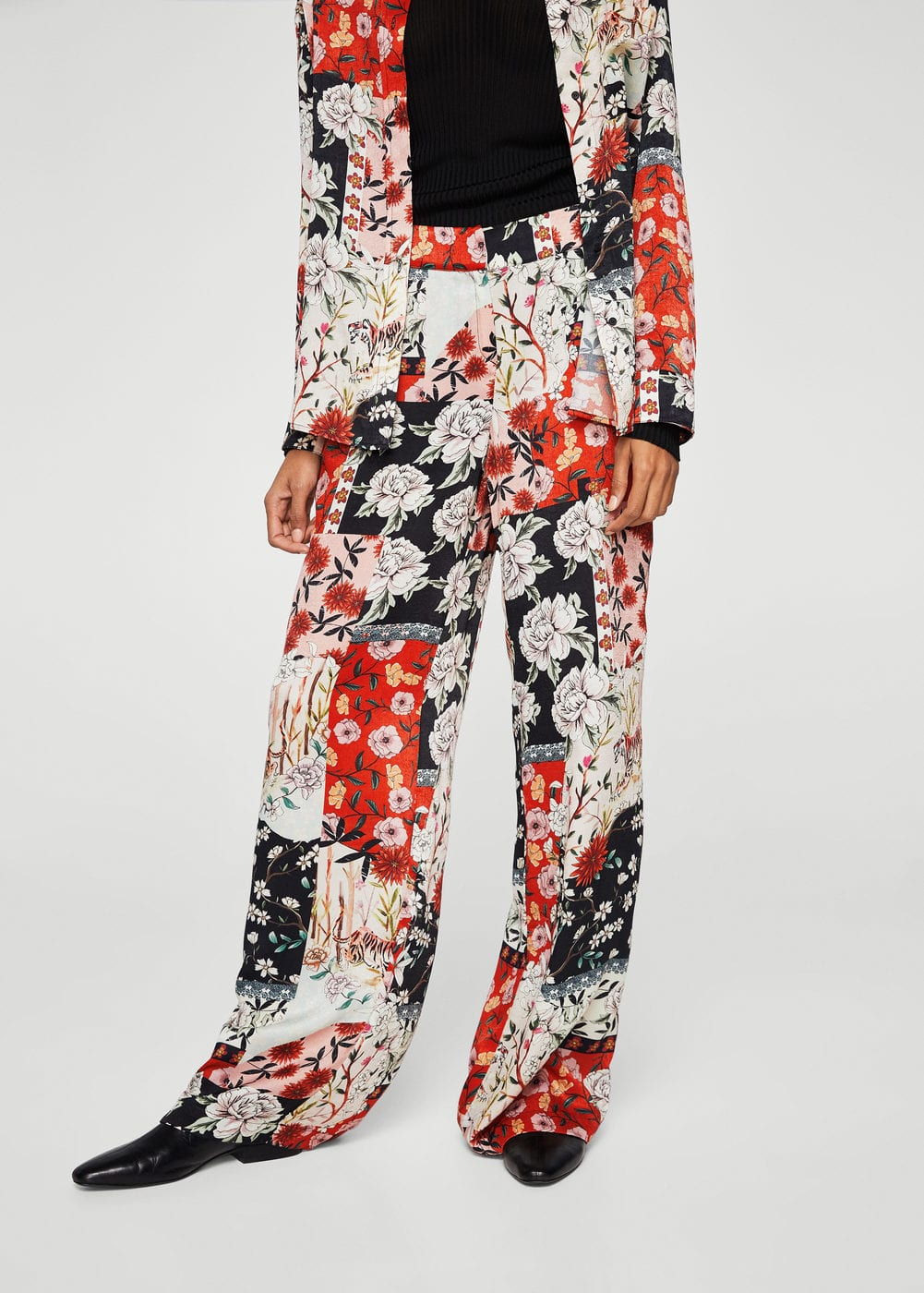 Flower print trousers | MANGO