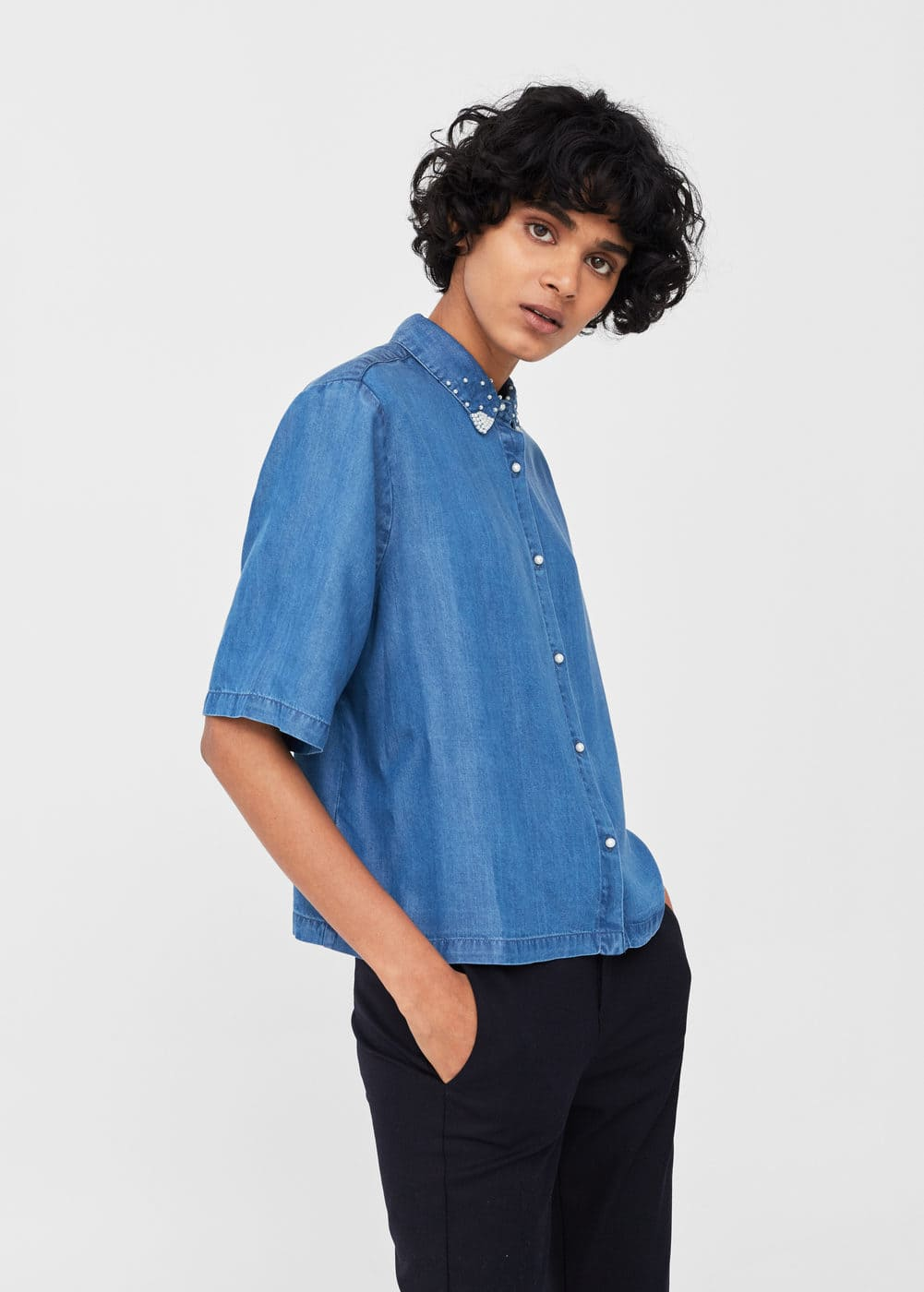 Pearls tdenim shirt | MANGO