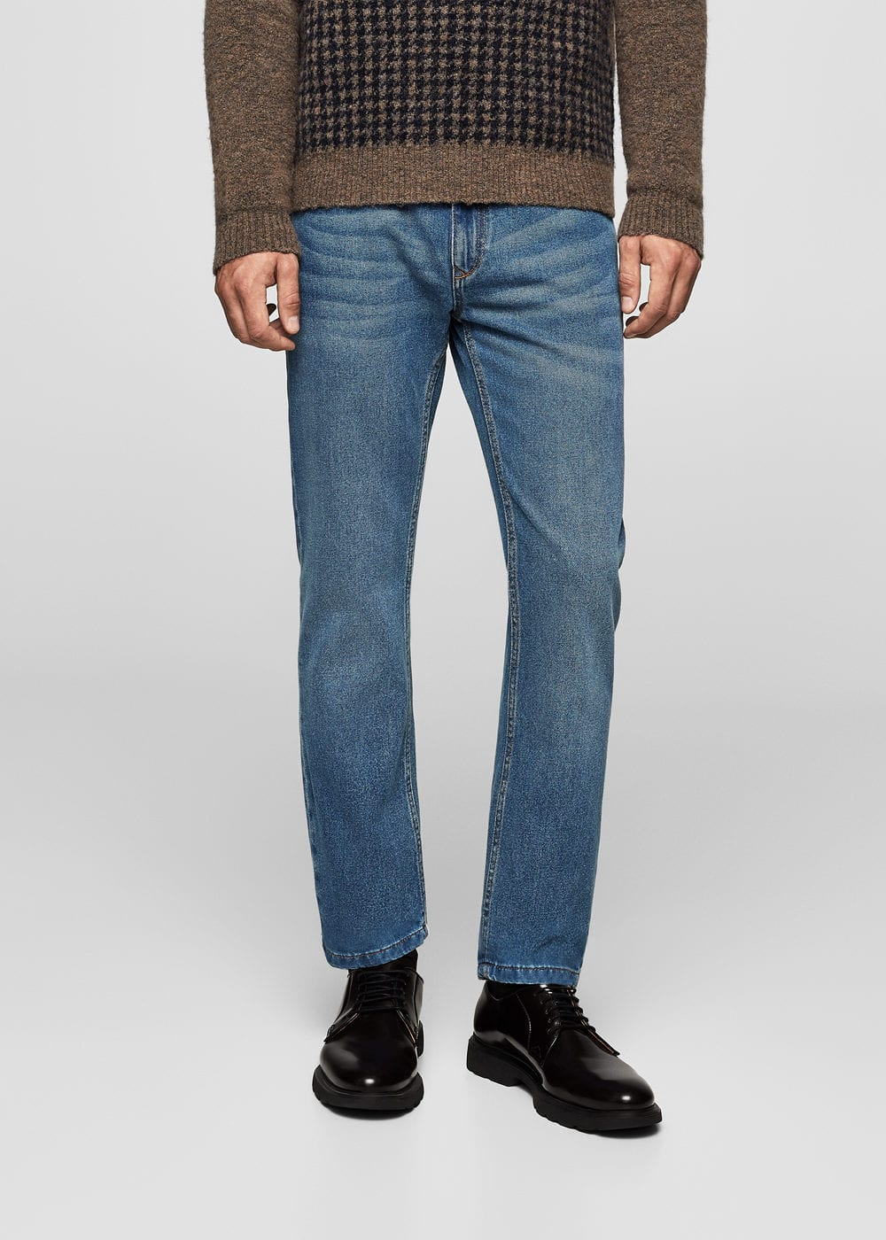 Straight-fit medium wash bob jeans | MANGO MAN