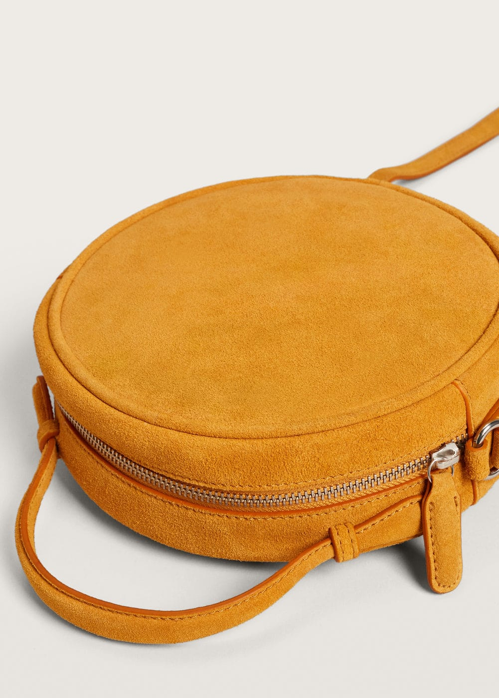 Leather bag | MANGO