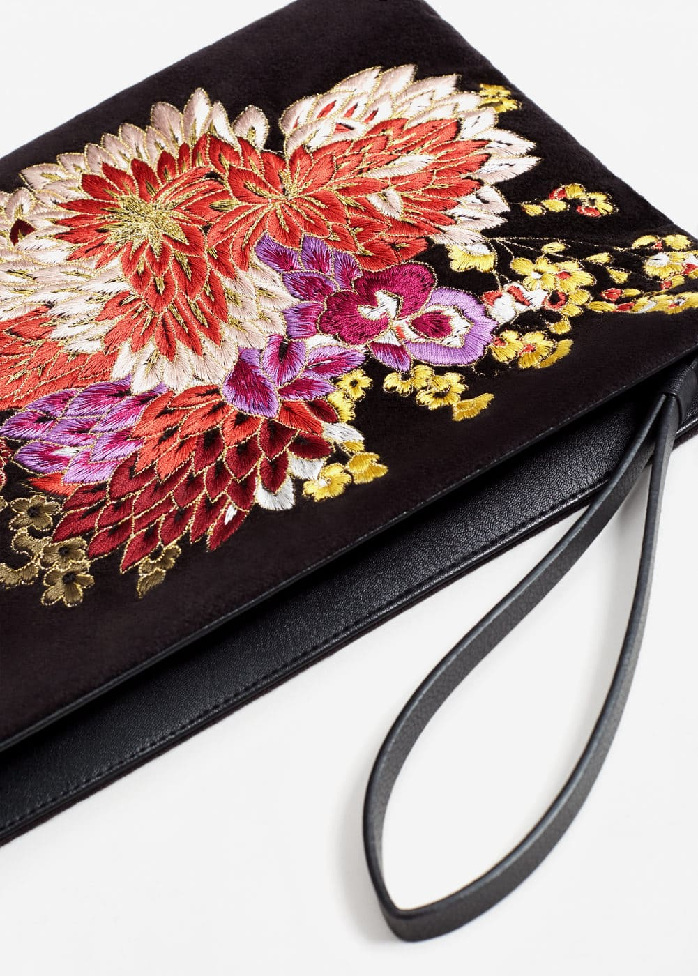 Flower embroidered velvet clutch | MANGO