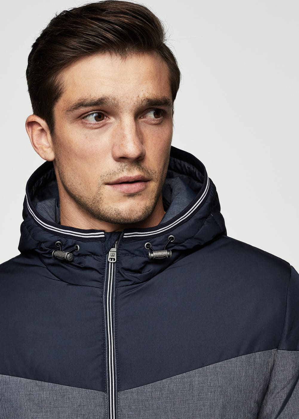 Contrast panels quilted coat | MANGO MAN