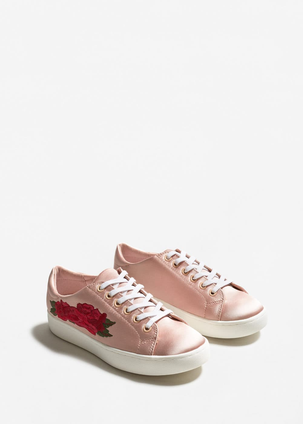 Bestickte sneakers in satin-optik | MANGO