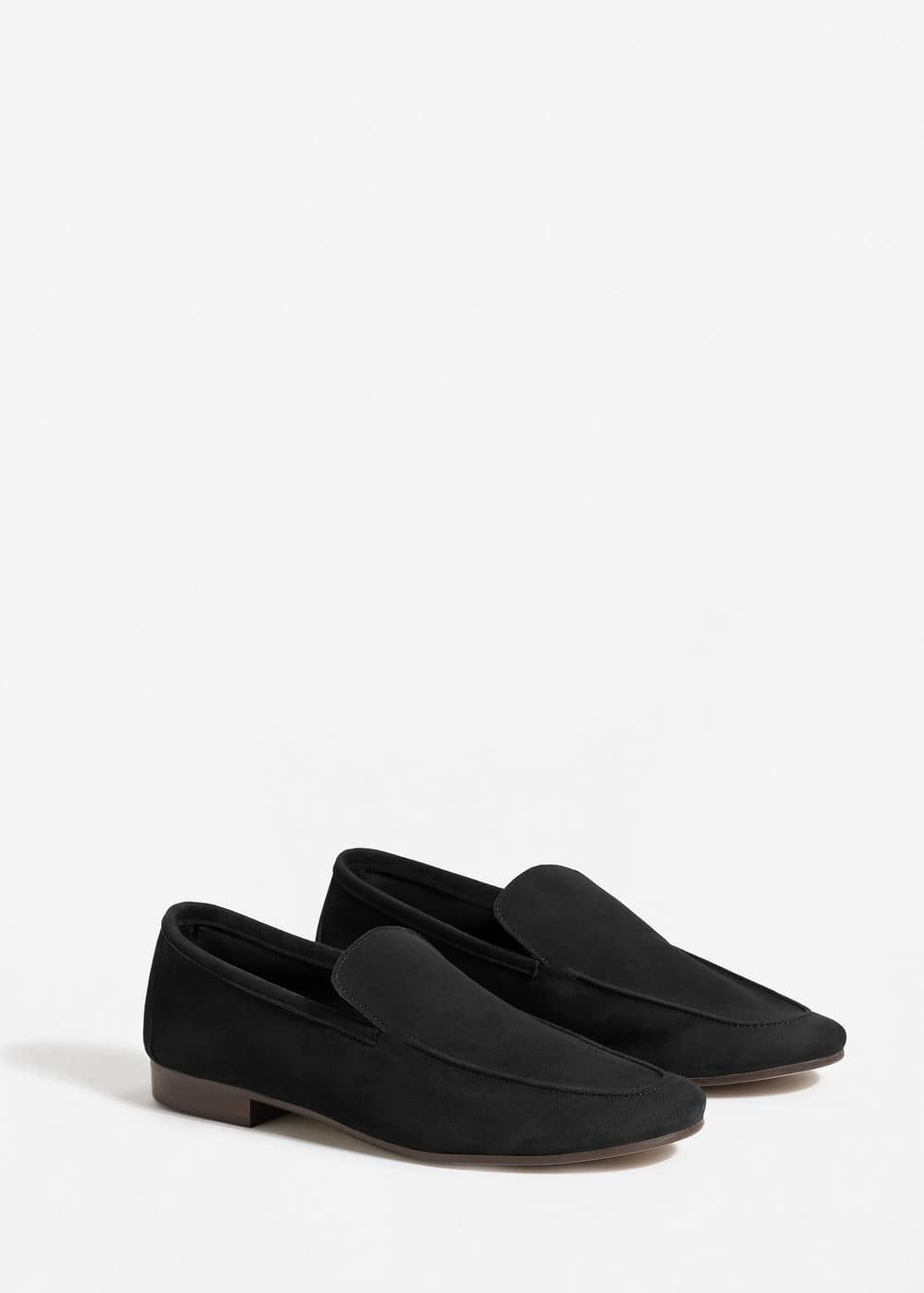 Soft suede moccasin | MANGO
