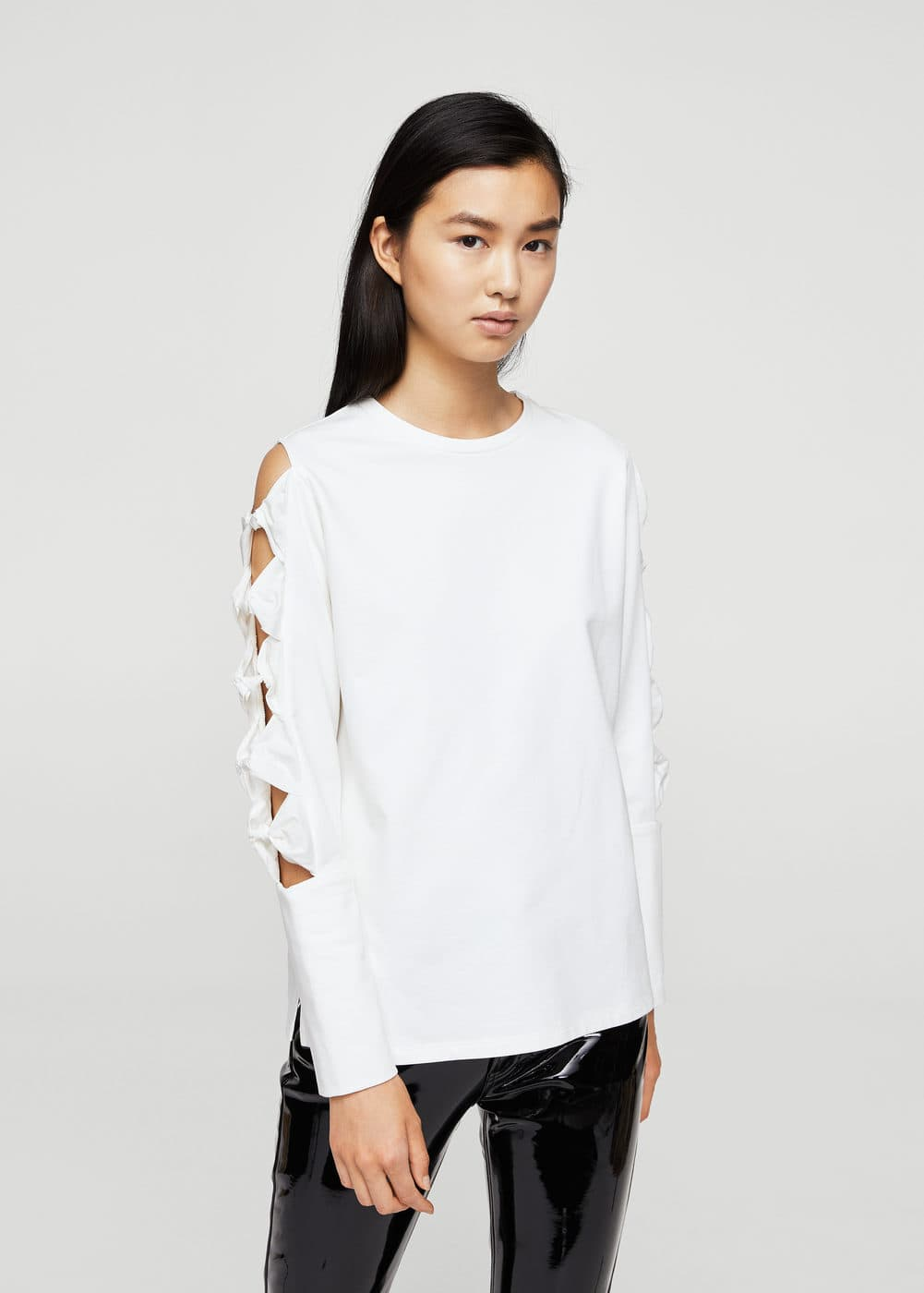 Ribbons cold-shoulder sweatshirt | MANGO