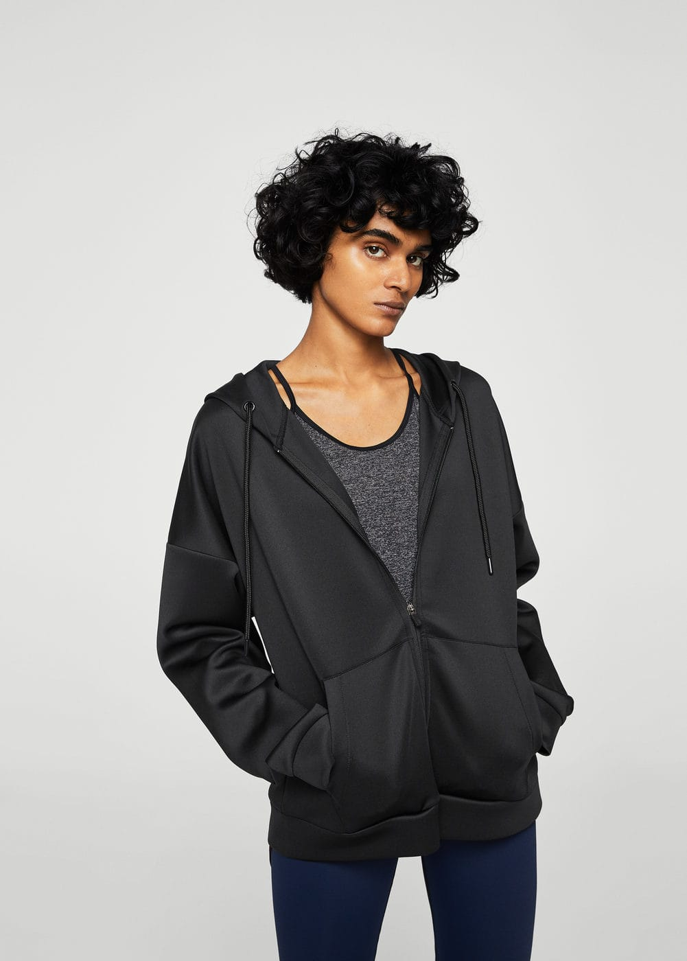 Technical hooded sweatshirt | MANGO