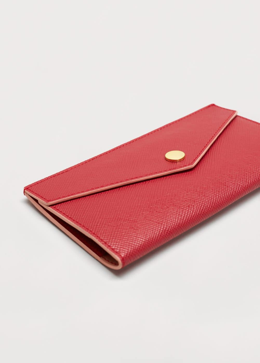 Pebbled flap wallet | VIOLETA BY MANGO