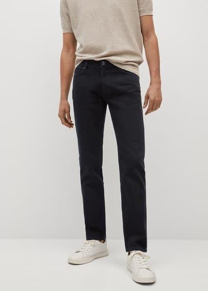 Мужские джинсы Mango (Манго) Джинсы Jan slim fit черного цвета - Jan