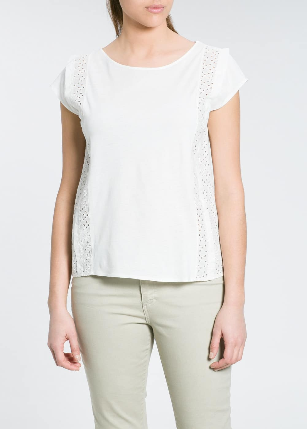 T-shirt met broderie anglaise | MANGO