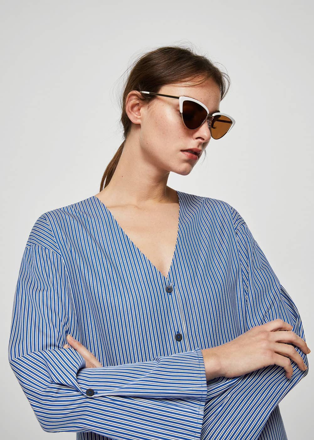 Fine-stripe cotton blouse | MANGO