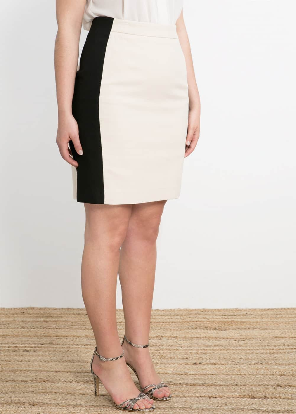 Bicolor textured skirt | MANGO